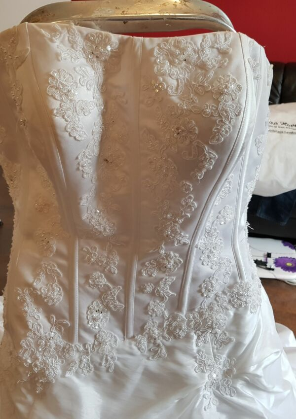 Second Hand Brautkleid | Sincerity Bridal / Justin Alexander | Prinzessin | Gr. 46