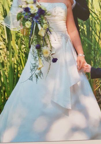 Second Hand Brautkleid | Einzelanfertigung | I-Linie | Gr. 40