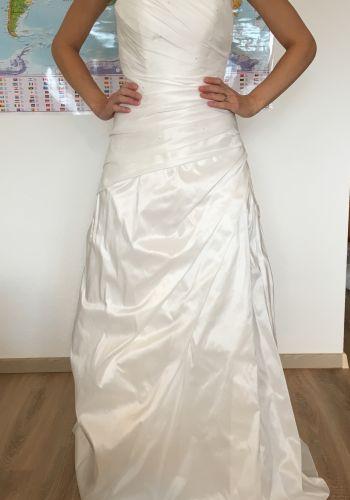 Second Hand Brautkleid | Modehaus Havekost | Prinzessin | Gr. 38
