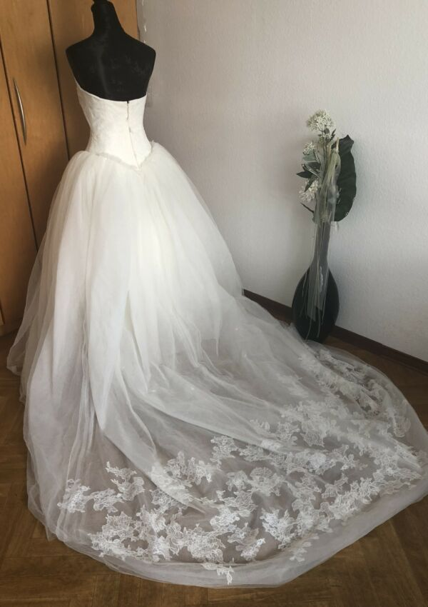 Second Hand Brautkleid | Vera Wang Original | Prinzessin | Gr. 36