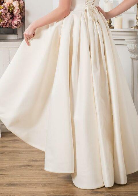 Brautkleid | WeddingBeautifulDay | Boho | Vokuhila | Maßgeschneidert