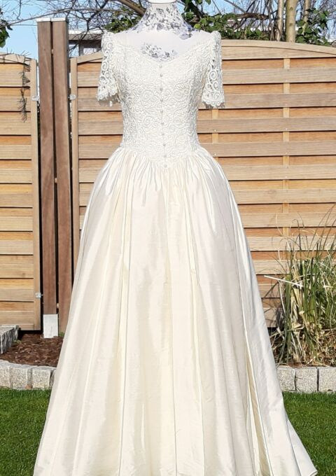 Second Hand Brautkleid | Athena Maria London | Prinzessin | Gr. 36