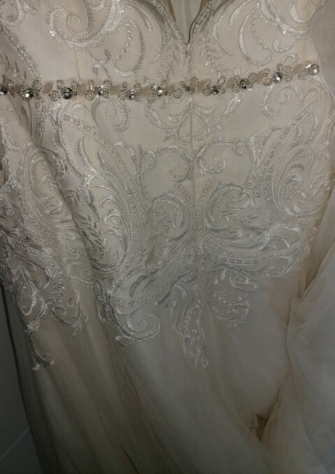 Second Hand Brautkleid | Demetrios / The Sposa Group | Prinzessin | Gr. 38