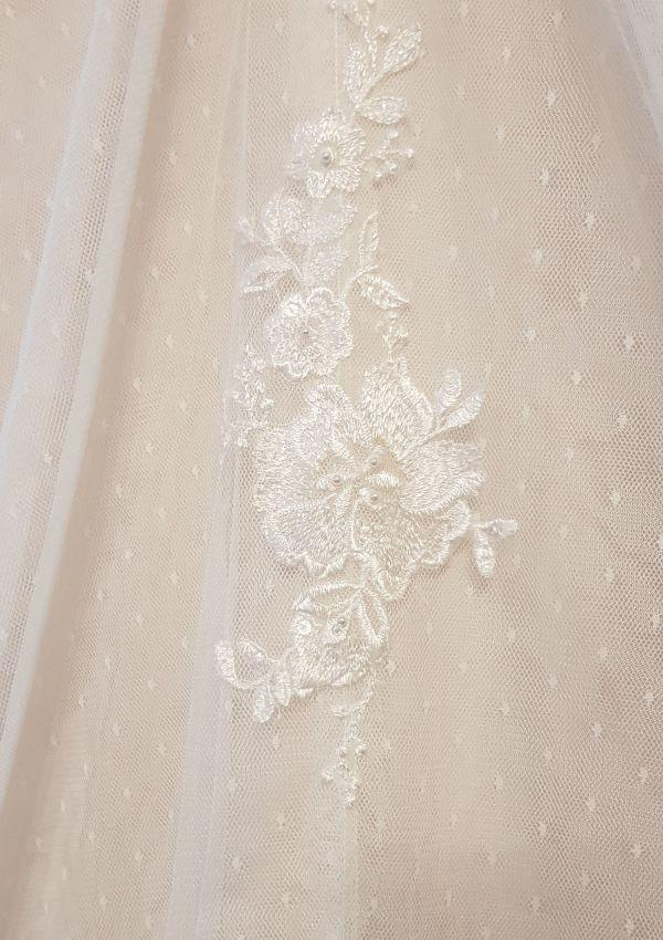 Second Hand Brautkleid | White One / St. Patrick / Pronovias | A-Linie | Gr. 36