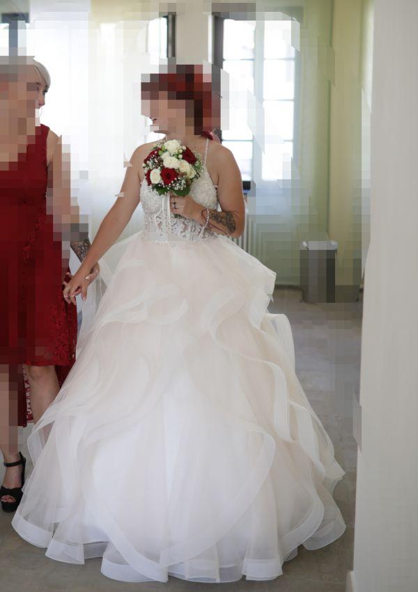 Second Hand Brautkleid   Prinzessin   Gr. 36   Maßgeschneidert