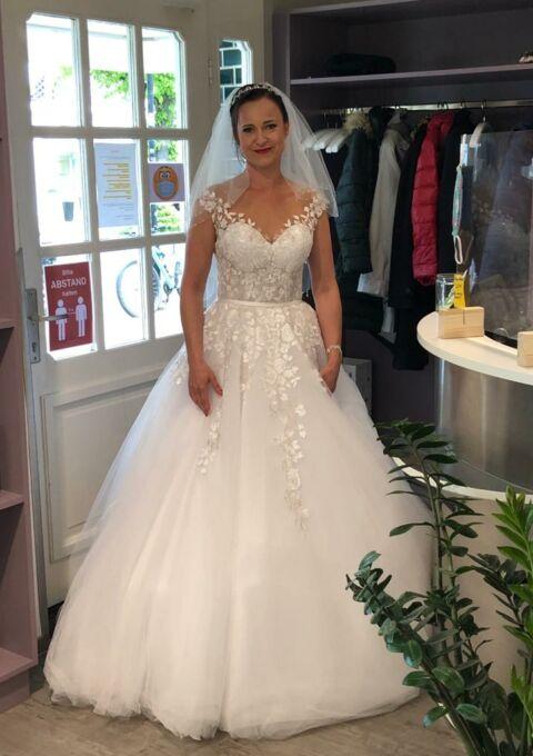 Second Hand Brautkleid | Einzelanfertigung | Prinzessin | Gr. 38 | Maßgeschneidert