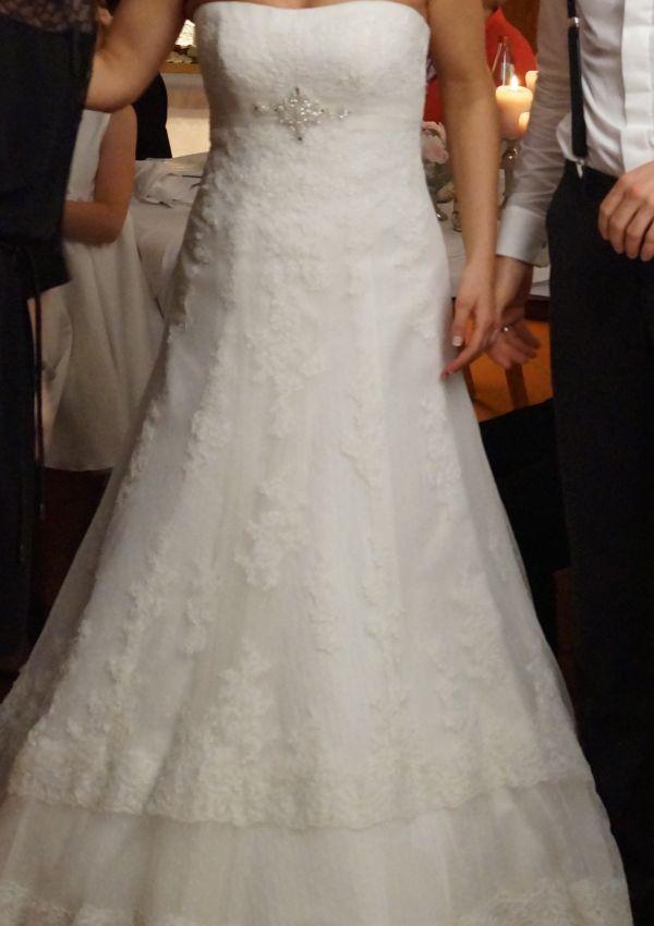 Second Hand Brautkleid | St. Patrick / Pronovias | Amilia | A-Linie | Gr. 34