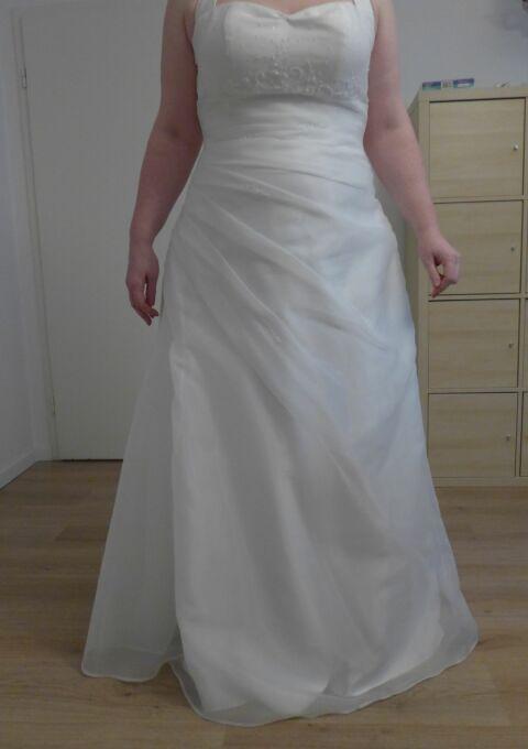 Second Hand Brautkleid | Lilly | A-Linie | Gr. 46 | Maßgeschneidert