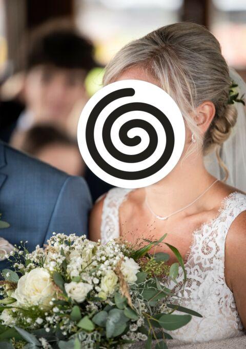 Second Hand Brautkleid | La Sposa / St. Patrick / Pronovias | A-Linie | Gr. 36 | Maßgeschneidert
