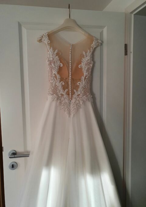 Second Hand Brautkleid | Mir leider unbekannt Modell Holly | A-Linie | Gr. 36 | Maßgeschneidert