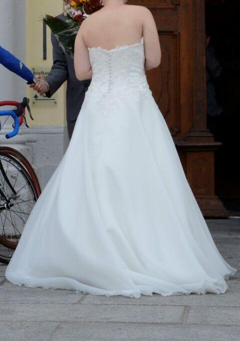 Second Hand Brautkleid   Elizabeth Passion / Mode de Pol   A-Linie   Gr. 42