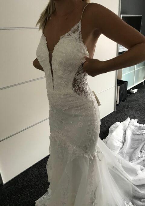 Second Hand Brautkleid | Essence of Australia | Fit and Flare | Gr. 32 | Neu & ungetragen