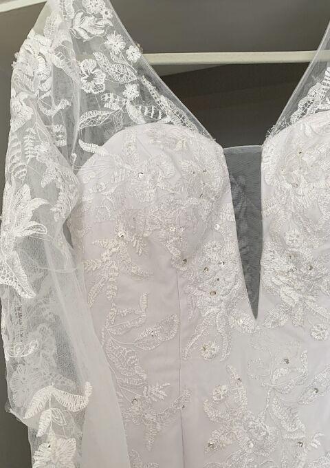 Second Hand Brautkleid   Einzelanfertigung   Meerjungfrau   Gr. 40   Maßgeschneidert   Neu & ungetragen