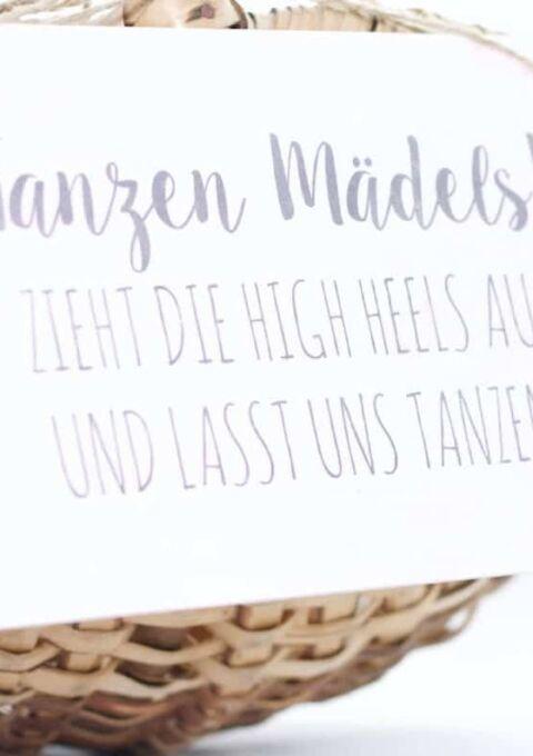 Dekoration | WeddingCansdeborina | Hinweisschild für FlipFlop-Kiste