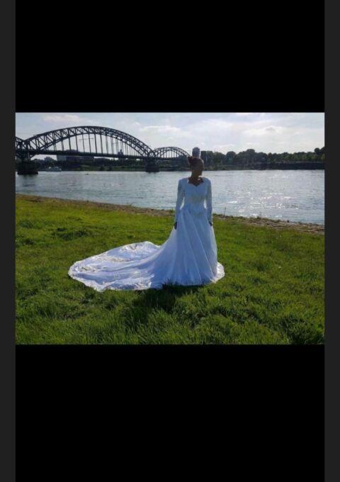 Second Hand Brautkleid | Prinzessin | Gr. 42 | Maßgeschneidert
