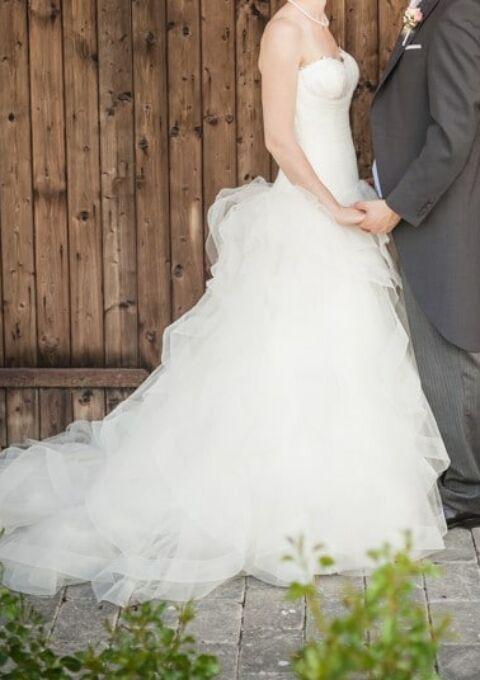 Second Hand Brautkleid | St. Patrick / Pronovias | A-Linie | Gr. 38