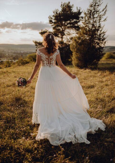 Second Hand Brautkleid   Monica Loretti   Sonstiges   Gr. 40   Maßgeschneidert