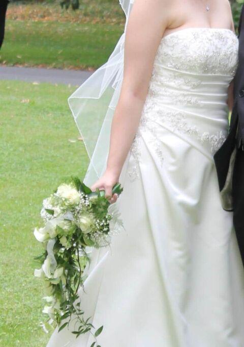 Second Hand Brautkleid | Agnes Bridal Dream / Mode de Pol | A-Linie | Gr. 42