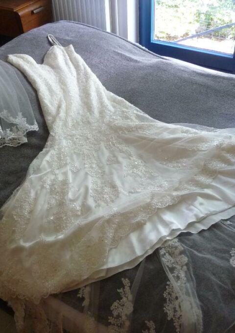 Second Hand Brautkleid | Morilee / Madeline Gardner | Fit and Flare | Gr. 40 | Maßgeschneidert